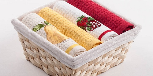 Basket with towels Pear - Strawberry