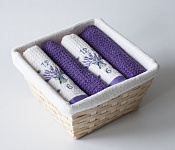 Basket with towels Lavender